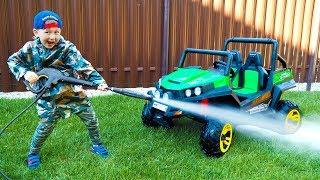 سينيا تغسل لها ATV القذرة للأطفال