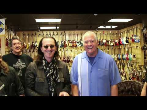 Geddy Lee from Rush visits Norman's Rare Guitars