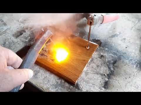 My homemade Lichtenberg device...catching lightning in wood!!