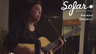 Ariana Brophy - Outside | Sofar Montréal
