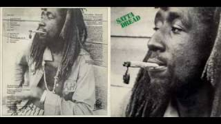 U Brown - 1976 - Satta Dread A1 - Watch This People   [ www.dreadinababylon.com ]