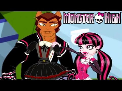 Monster High Draculaura and Clawd Wolf Dress Up Game for Girls