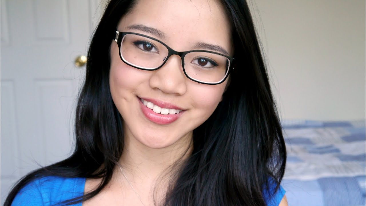 Tutorial: Simple & Natural Makeup for Glasses- Easy ...