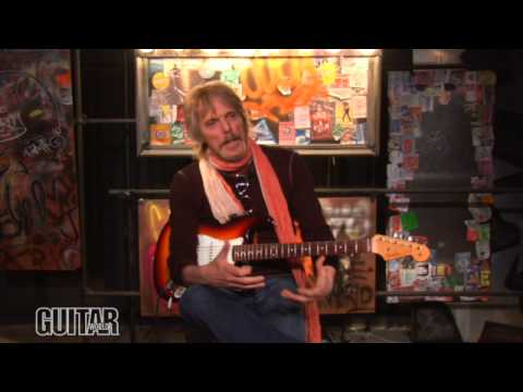 """Thin Lizzy's Scott Gorham: """"The Boys Are Back in Town"""" Guitar Lesson"""