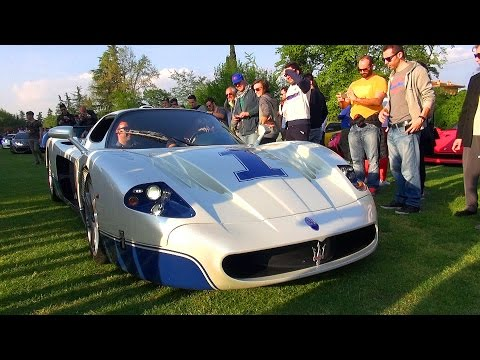 hypercars-leaving-cars-&-coffee-italy-2016---mc12,-f40,-zonda,-carrera-gt,-slr