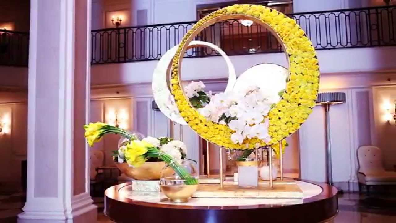 5 Star Hotel Flower Arrangement In Hotel