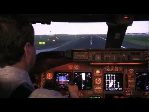Inside REAL Qantas 747 flight simulator HD