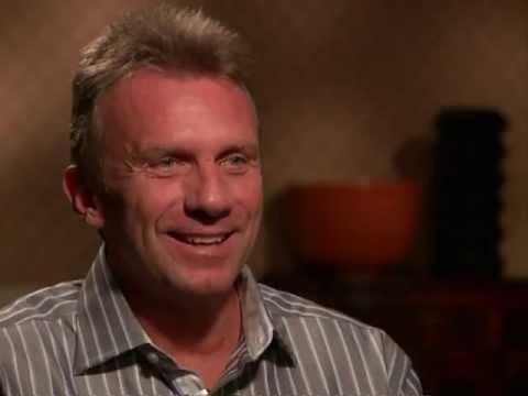 Chris Myers interviews Joe Montana