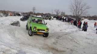 Гонки внедорожников Зима 2014 года Саратов Сокур(23 февраля 2014 г. командой