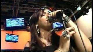 Juliana La Reina del Mambo Pesadilla de Amor Live Super Exitos 11-16-09 www.loslatinos.net