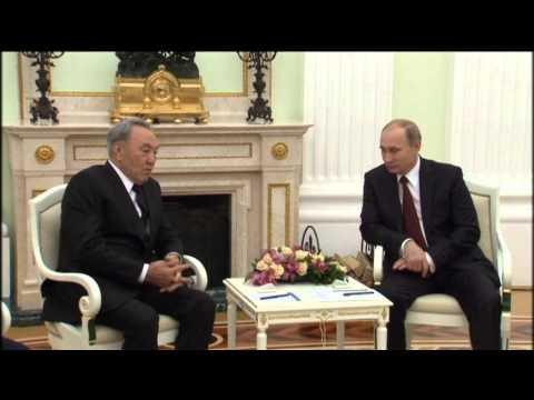 Nazarbayev Briefs Putin on Ukraine: Russian President hosts Kazakh leader in Kremlin