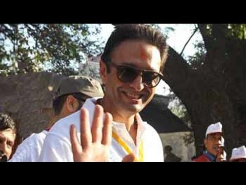Direct reference to Preity Zinta in threats to Ness Wadia's firm: cops