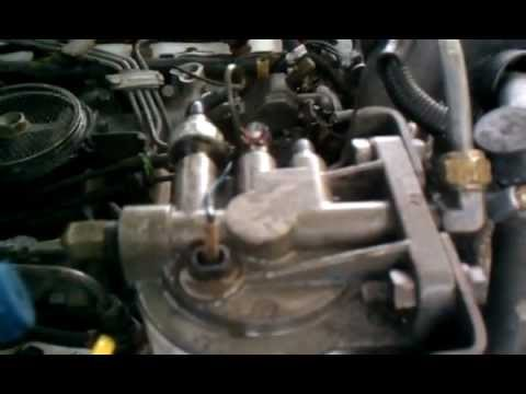 Ford F250 73 IDI fuel filter housing leak - YouTube