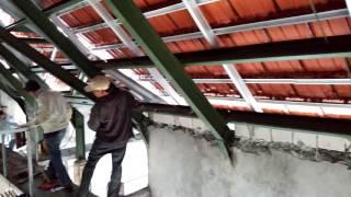 Video Melihat atap rumah dari bawah genteng download MP3, 3GP, MP4, WEBM, AVI, FLV Oktober 2018