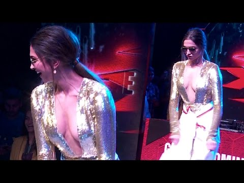 Deepika Padukone Dance on Shahrukh Khan Lungi Dance Song thumbnail