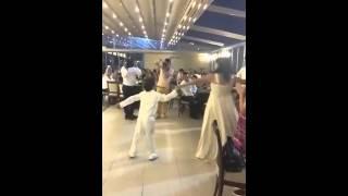 Veli Efe Sünnet düğünü, anne oğul Dansı