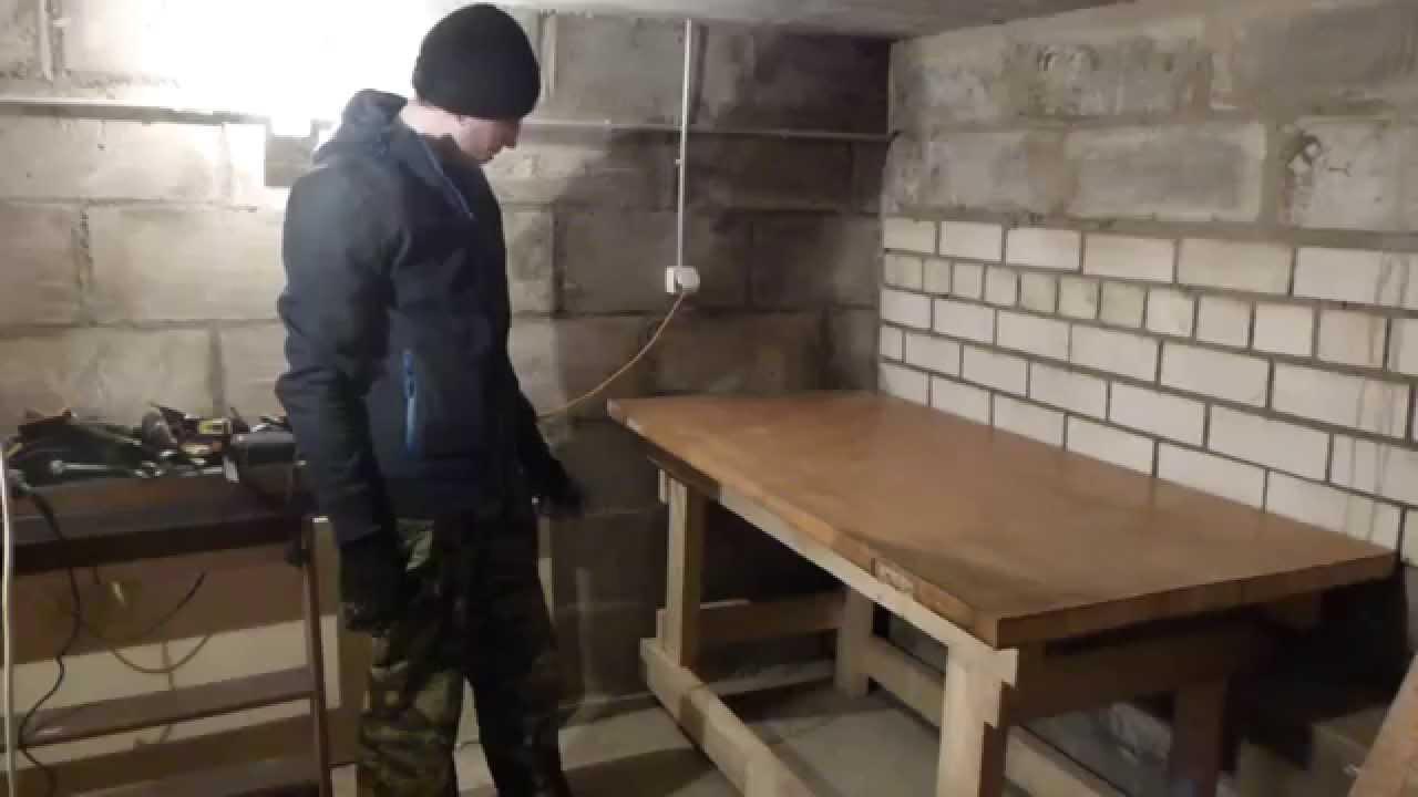 Стол в мастерской своими руками