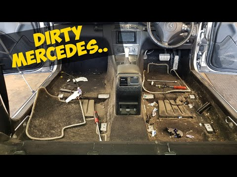 Cleaning a really dirty Mercedes car