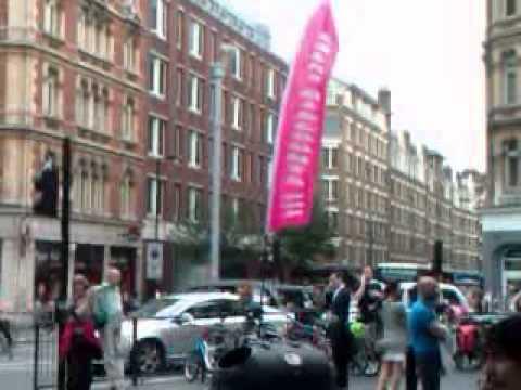 SHAFTESBURY AVENUE ADVERTISING LONDON