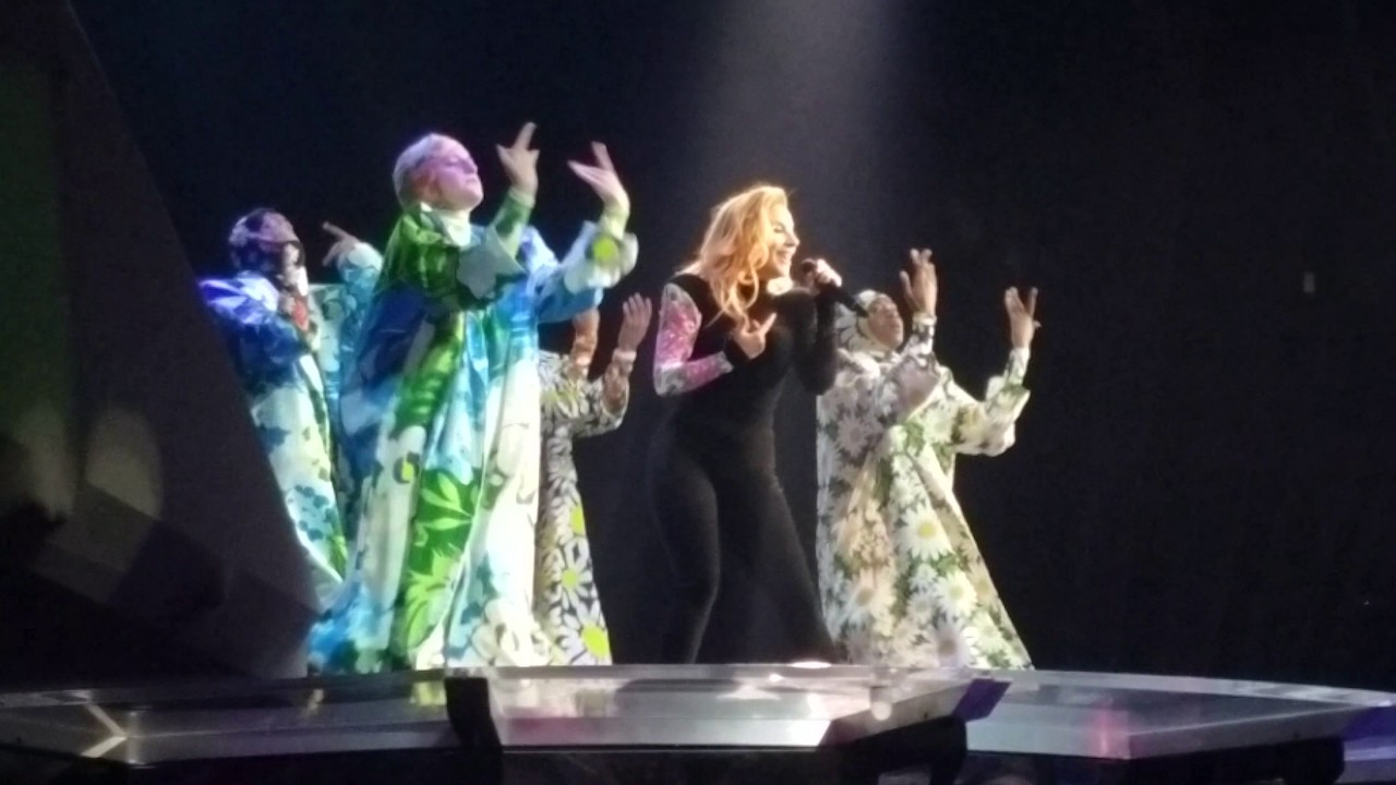 Applause Joanne Tour