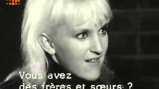 '' mods and rockers '' - french news report - mid 60's.