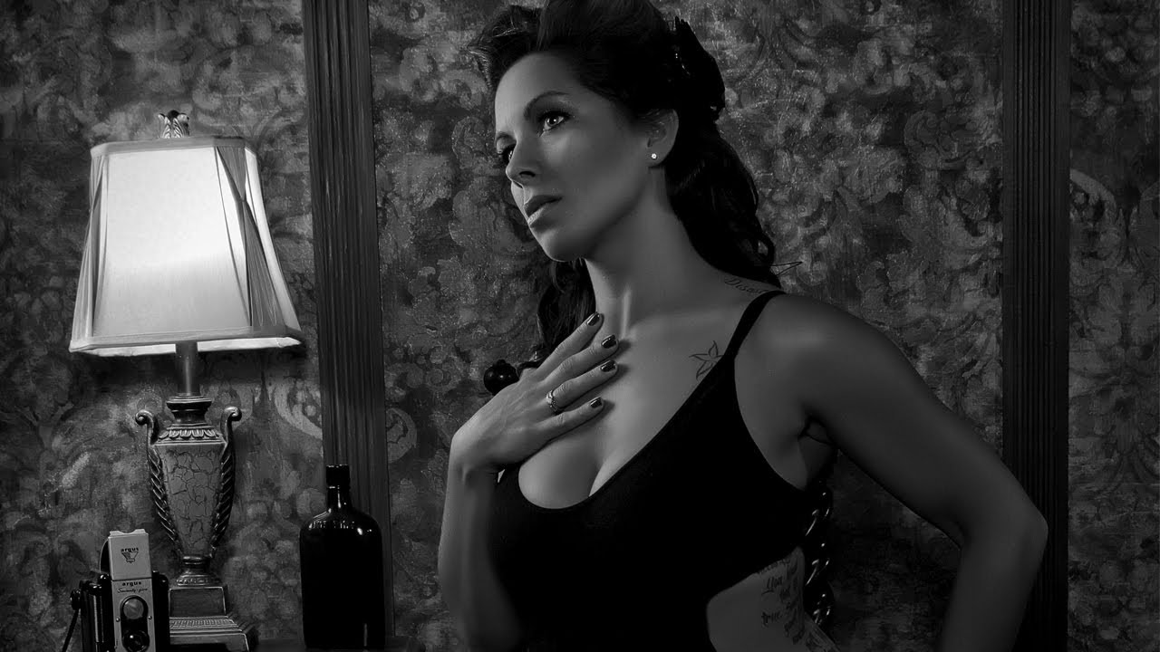 Film Noir Lighting Tutorial Youtube