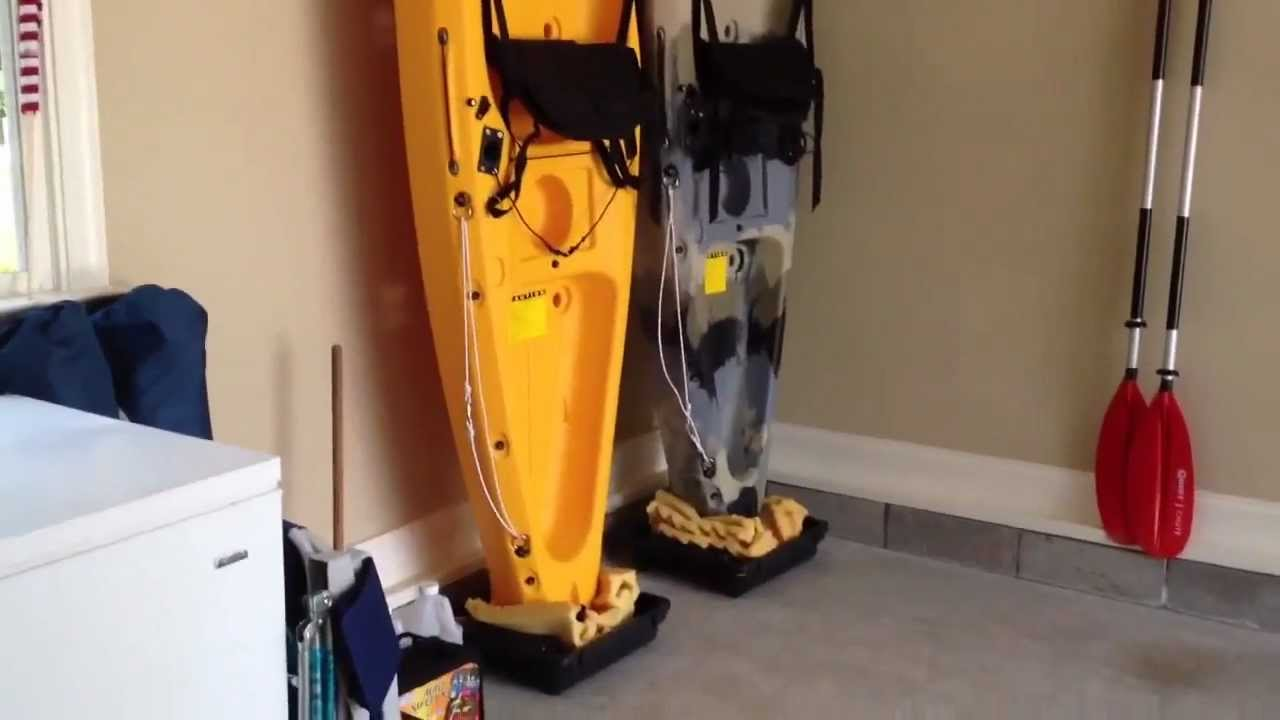 Etonnant DIY   Easy Kayak Upright Garage Storage   YouTube
