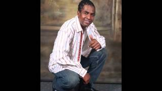 Download Lively W Zolah - Skin Out - Vincy Soca 2013 MP3 song and Music Video