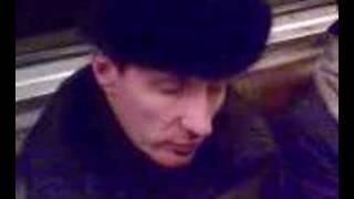 шапка давит на глаза