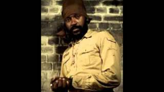 Lutan Fyah - Dont Make Mama Bowl(Sep 2011)