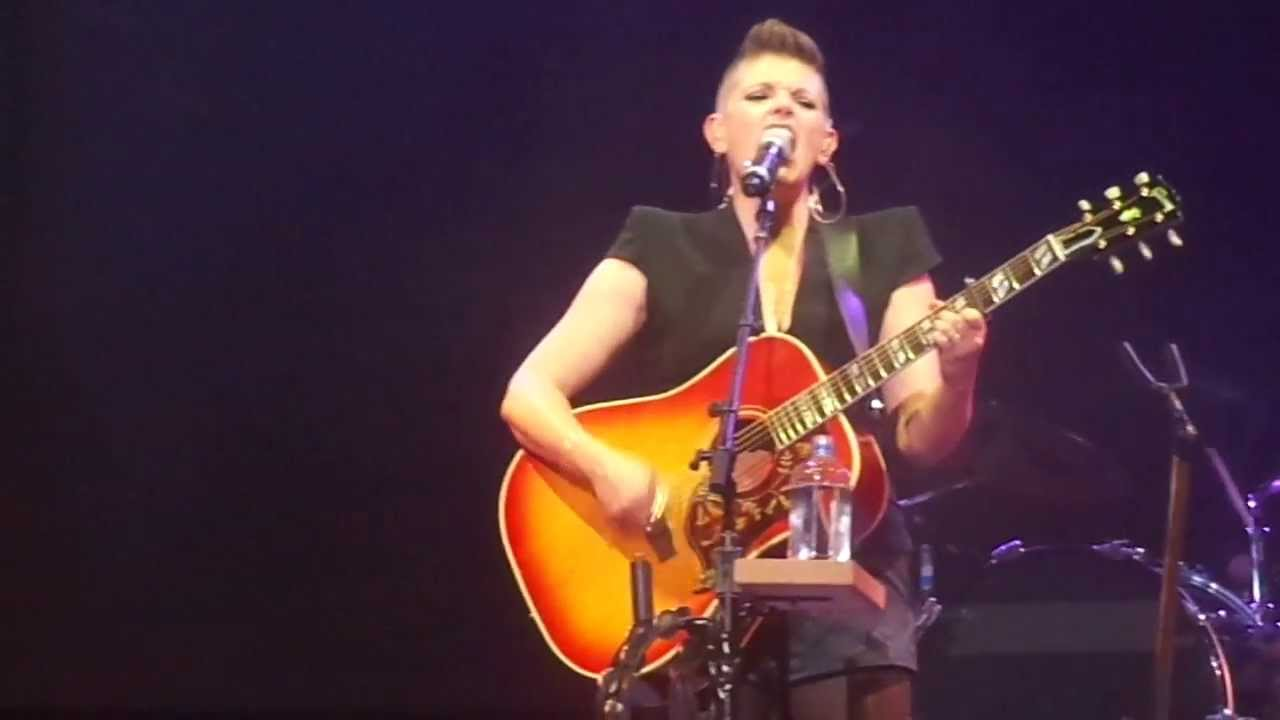 The Dixie Chicks Cover Miley's Wrecking Ball' and It's Better Than theOriginal