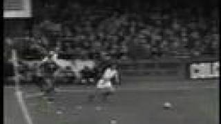 A Leeds United Player Profile: Paul Reaney