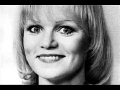 Katri Helena - Vain hieman rauhaa - Eurovision Germany 1982 in Finnish