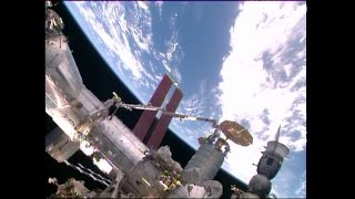 Cygnus Cargo Ship Docks With the Space Station | Video