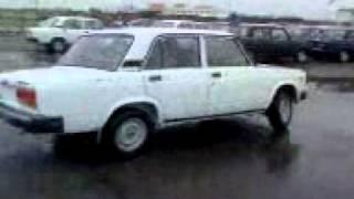 Вот такие машины мы покупаем с АвтоВаза)))(видео, добавленное с мобильного телефона., 2011-12-03T19:21:19.000Z)