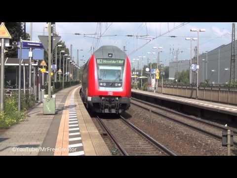 Bahnübergang Bahnhof Recklinghausen Süd - schnelle Durchfahrt Regionalexpress Züge
