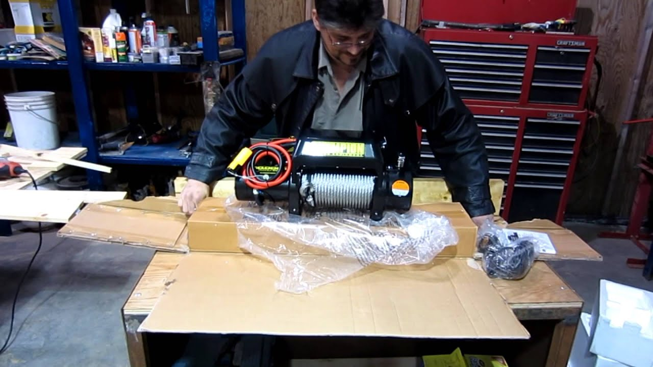 maxresdefault champion 10,000 pound winch unboxing youtube champion winch wiring diagram at edmiracle.co