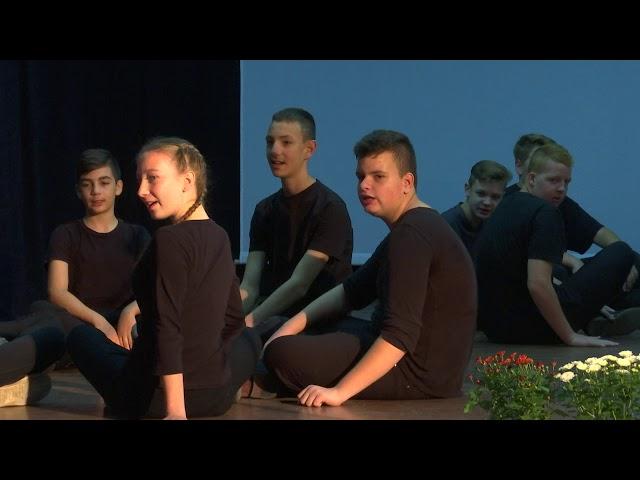 A  Hunyady János Katolikus Általános Iskola diákjainak megemlékezése 1956 - ról 2019. 10. 22.