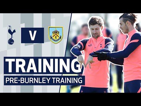 GARETH BALE TEACHES BEN DAVIES HIS CELEBRATION! Inside training ahead of Spurs v Burnley!