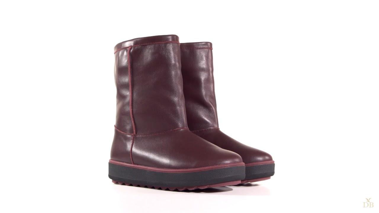 Большой выбор высоких кроссовок для женщин в официальном интернет магазине adidas. В наличии модели всех цветов и размеров. Доставка по.