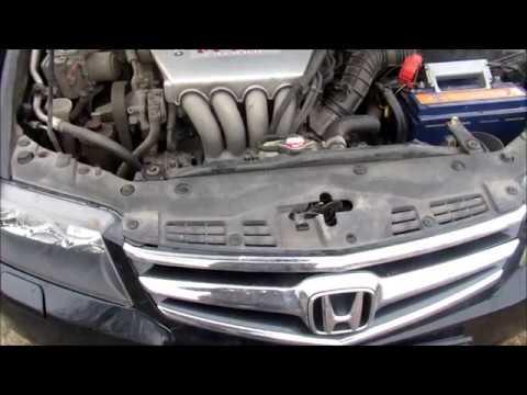 Как снять генератор Хонда Аккорд (Honda Accord) 2006 г в