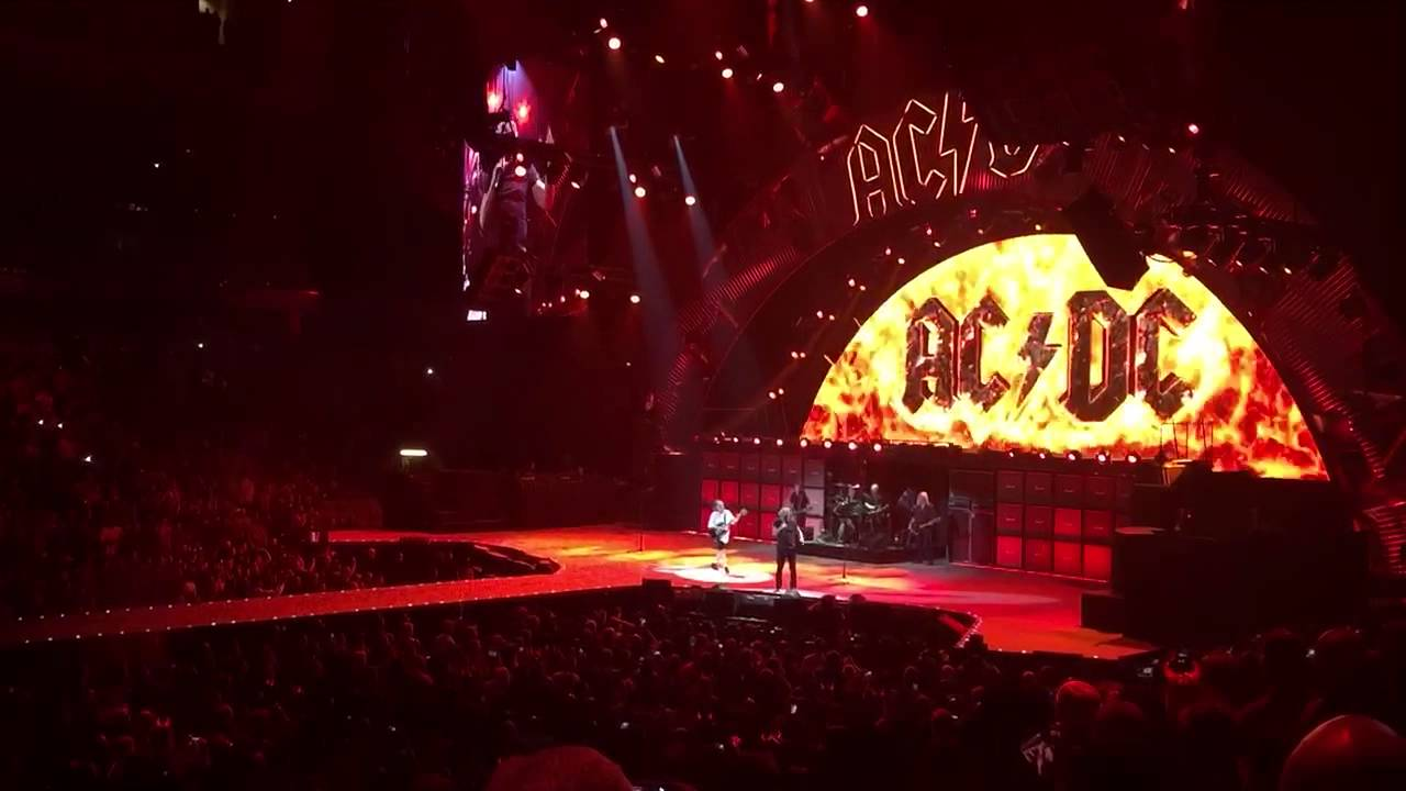 ac dc highway to hell live dallas texas youtube. Black Bedroom Furniture Sets. Home Design Ideas