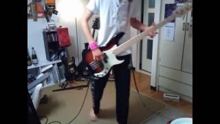 ベースで弾いてみましただ。 いつもよりはグダってないです。 SanSamp B...