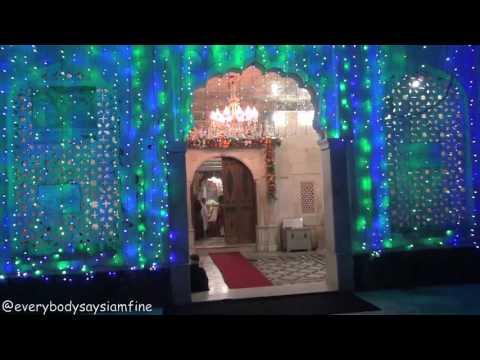 Magnificent Haji Ali shrine in sea