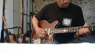 Dansan Guitars : John's test