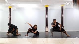 Ruang Kreatif: Kelas Tari Virtual Minang Kontemporer oleh Nan Jombang Dance Company