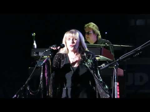 Fleetwood Mac - Rhiannon live at the BOK Center - Tulsa OK 10/3/2018