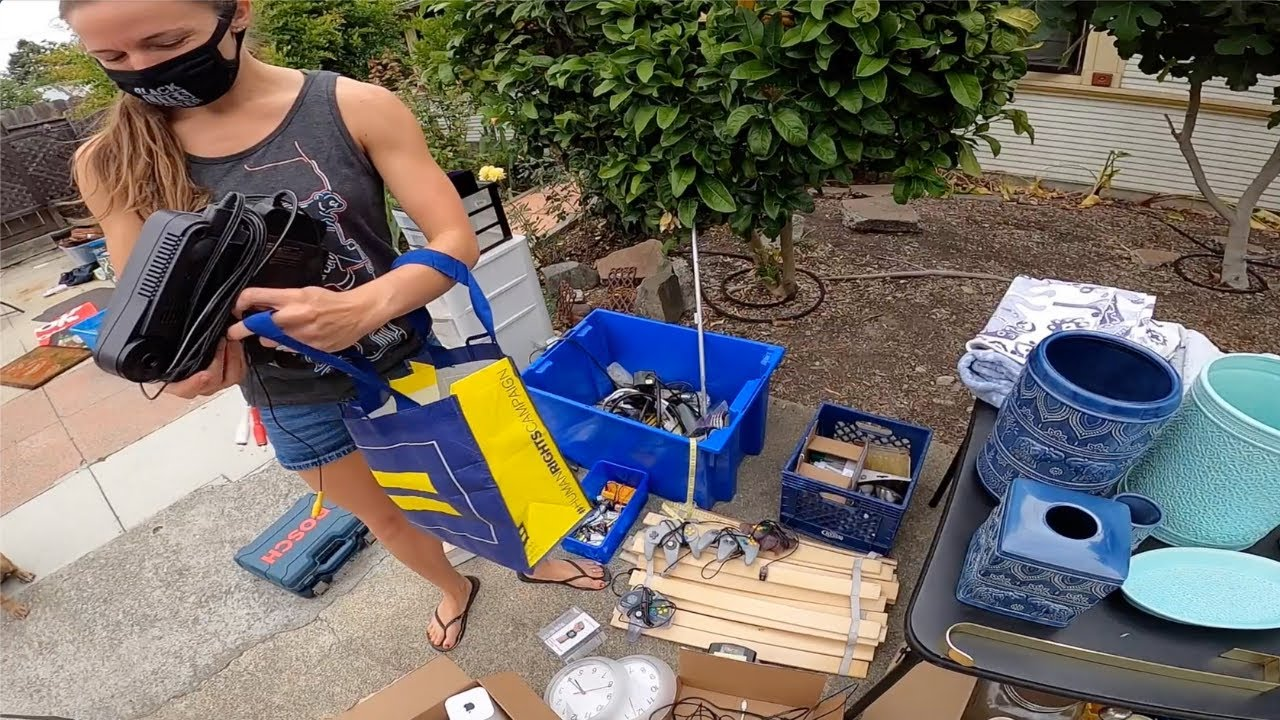 She SOLD her brother's CHILDHOOD MEMORIES at this GARAGE SALE