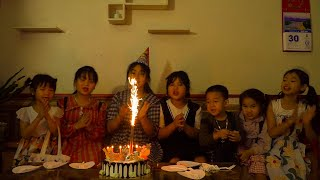 Kids Go To School | Chuns Birthday Older Sister Makes Her Own Birthday Cake Hello Kitty