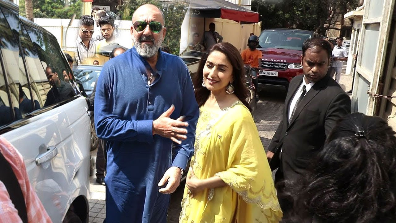 Sanjay Dutt's Royal Entry With Ex Girlfriend Madhuri Dixit ...